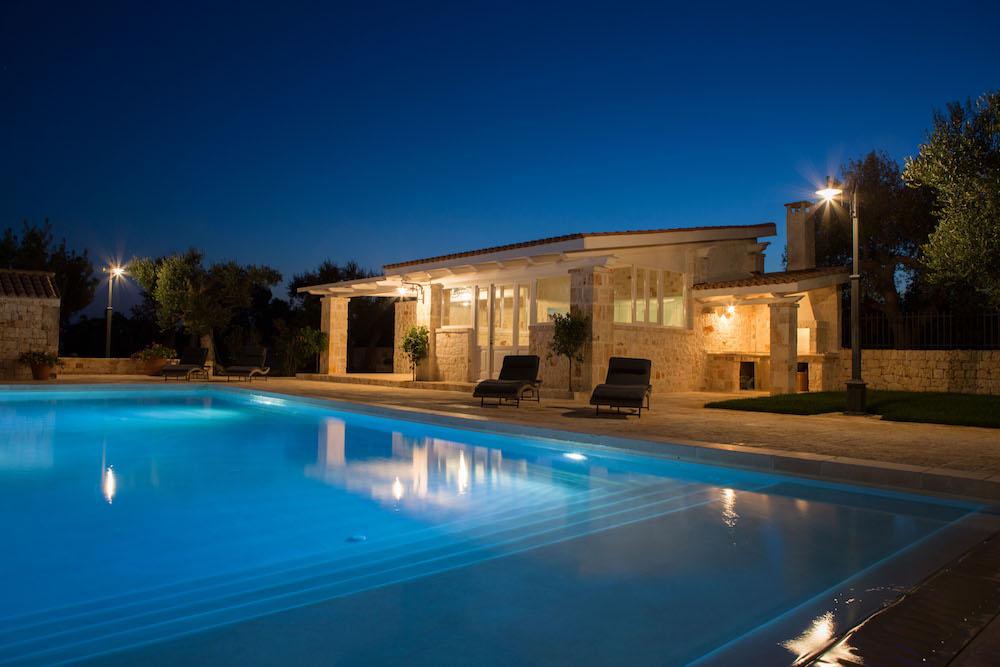 Villa In Affitto Con Piscina Bari